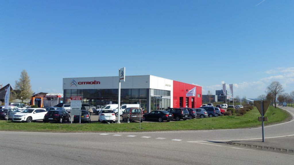 Vue exterieure Garage Citroen Muller 68 Véhicules Citroen Multimarques neuf et occasion