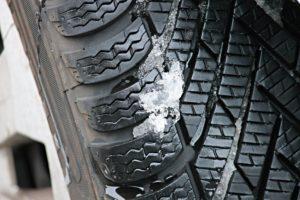 winter-tires-3198543_1920 (2)